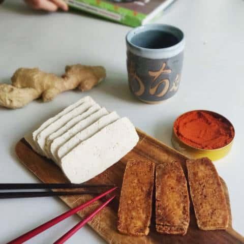 Tofu marinado exprés